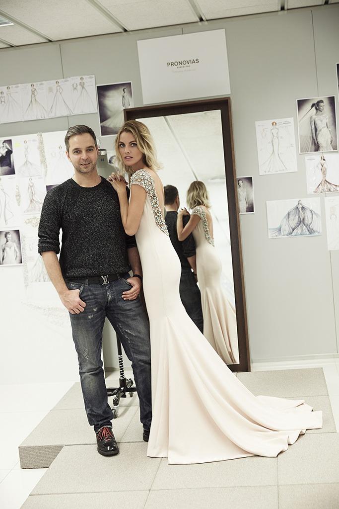 PRONOVIAS  Amaya Salamanca & Hervé Moreau